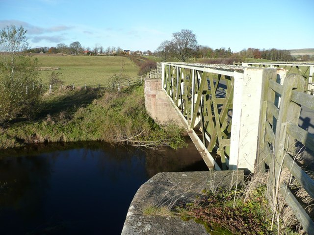 'Weak Bridge' over the River Till
