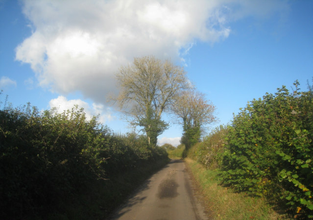 Heading north on Ibworth Lane