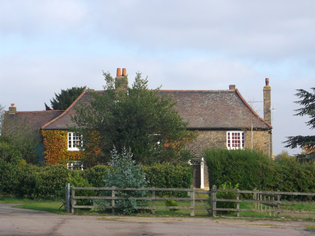 South Hall Farmhouse, Rainham