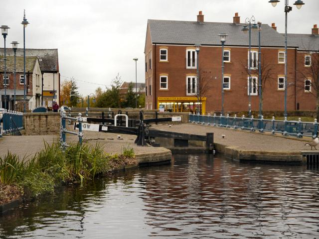 Lock 6W, Huddersfield Narrow Canal