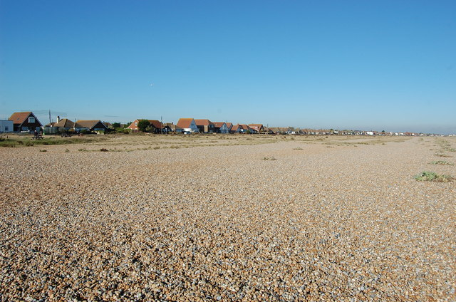 Houses along the beach at Lade