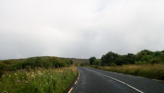 The R232 north of Lough Cuill