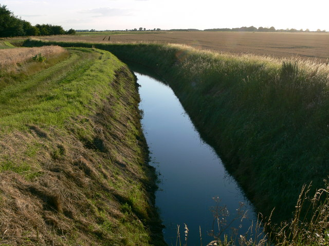 Drainage ditch along Sot's Hole Bank