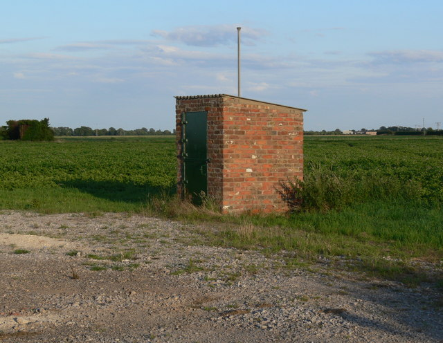 Tiny brick hut in Holbeach St Matthew