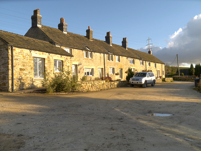 Cottages at Mottram Rise