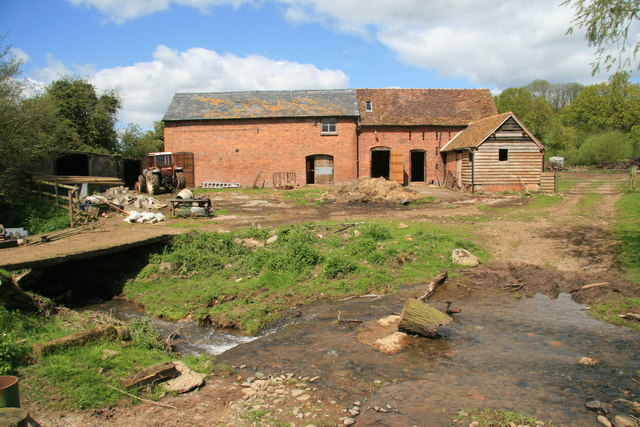 Farm buildings behind Rockhill Mill