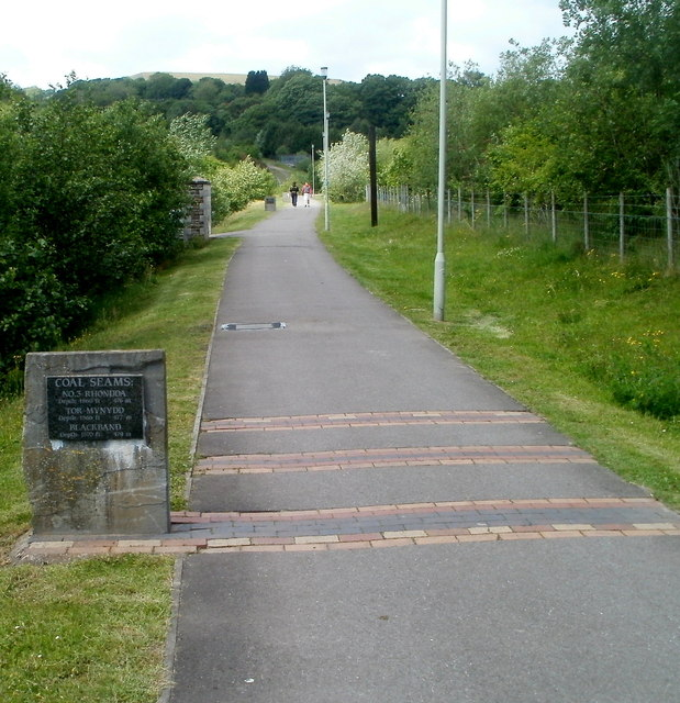 Path through Taff Bargoed Millennium Park, Trelewis