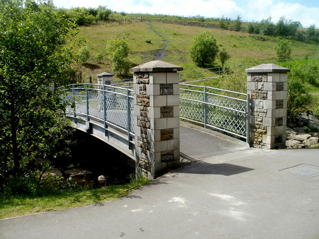 Small footbridge over the Taff Bargoed, Trelewis
