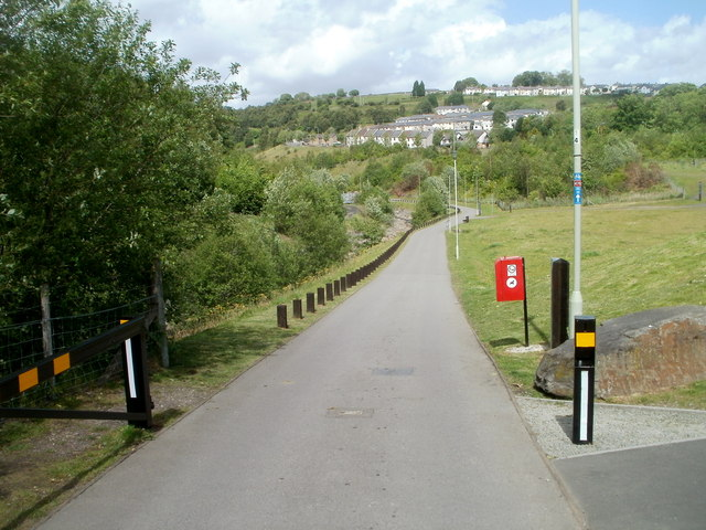 Footpath and cycle route, Trelewis
