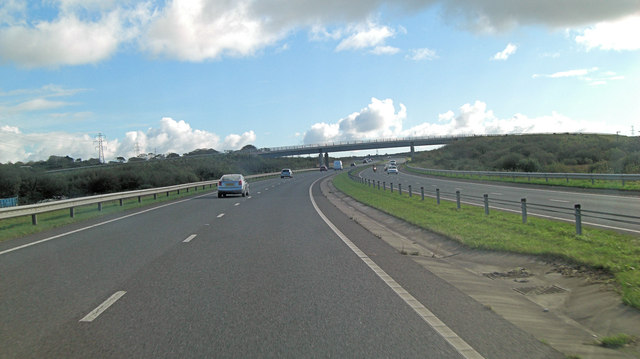 A30 crossed by unnamed road east of Trenoweth