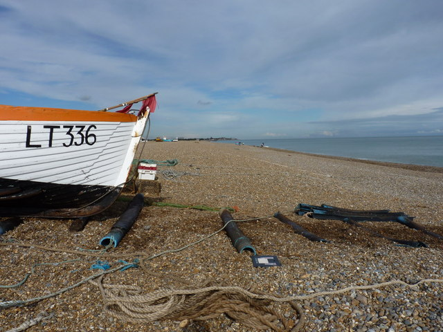 Northwards along Aldeburgh Beach
