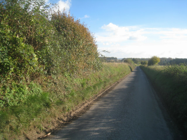 Northern approach to Wootton St Lawrence