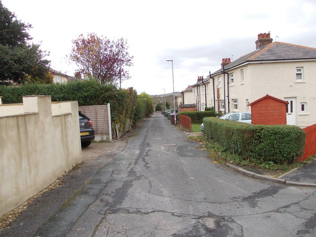 Kelcliffe Avenue - West Villa Road
