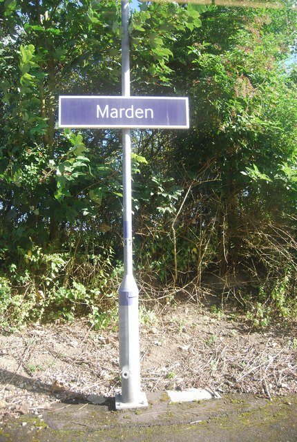 Station sign, Marden