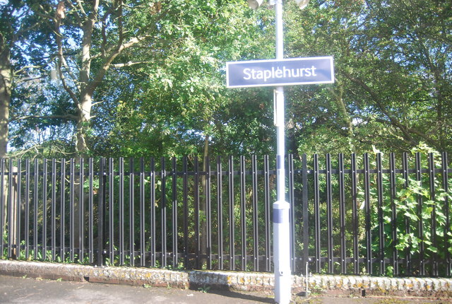 Station sign, Staplehurst