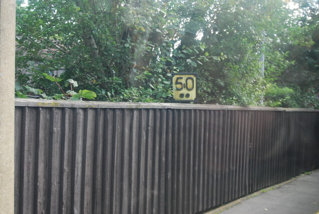 Distance marker, Pluckley Station