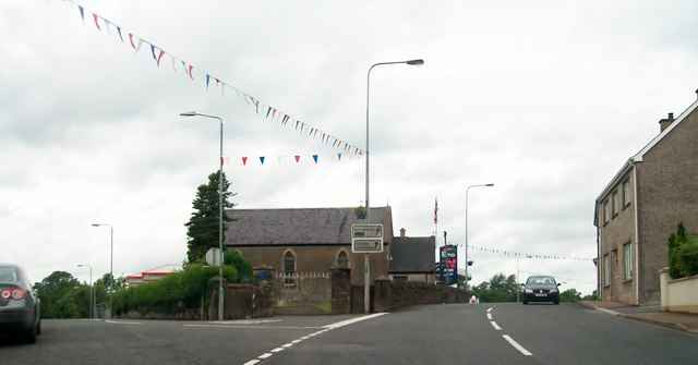 Road junction on the A34 at the north end of Maguiresbridge