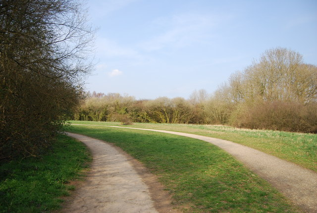 Footpath and cycleway, Haysden Country Park