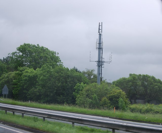 Mast by the A590