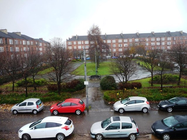 Budhill Square, Shettleston