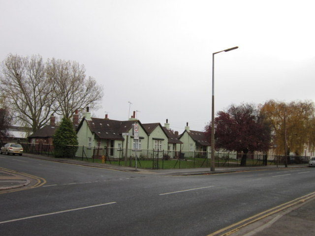 Eleanor Scotts Cottages on Southcoates Lane