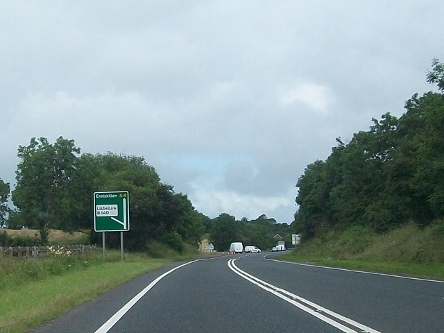 The A4 at the approach to the B140 turnoff for Lisbellaw