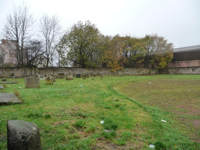 Western end of graveyard, Shettleston Road