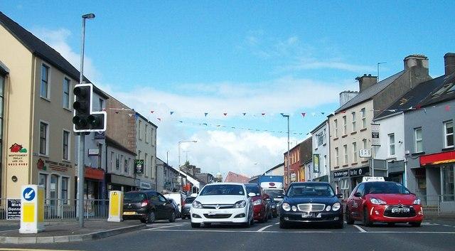 Traffic waiting to exit Belmore Street, Enniskillen