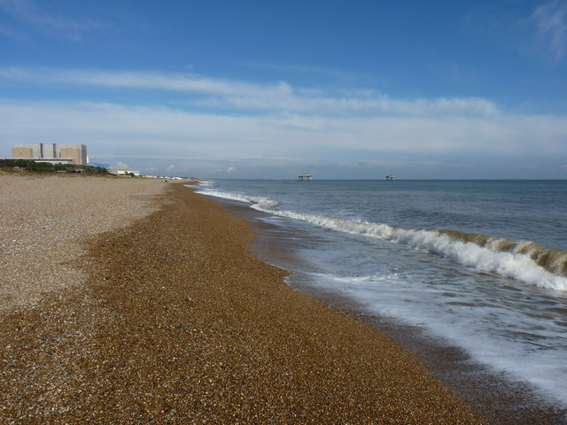 Looking north on Sizewell Beach
