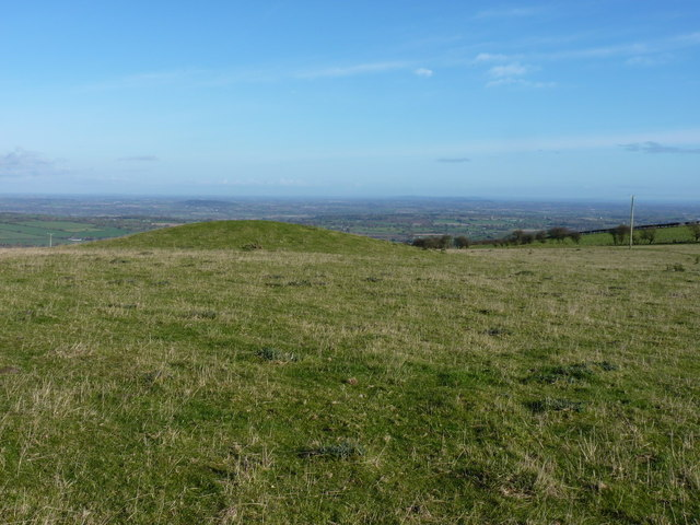 One of the two tumuli on Heldre Hill