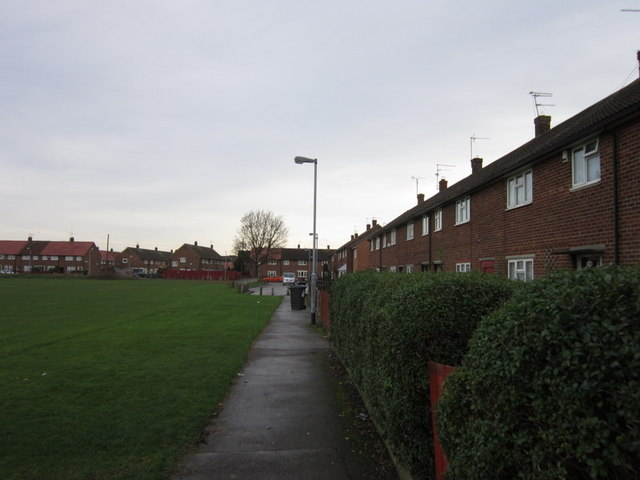 Garfield Close towards Stansfield Close