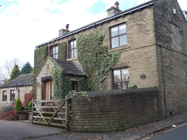 Yew Tree Cottage - St Giles Road