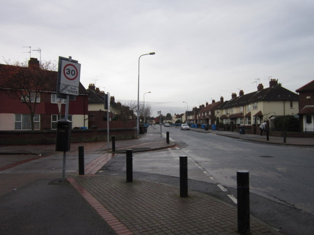 Wingfield Road at Swanfield Road, Sutton Trust Estate