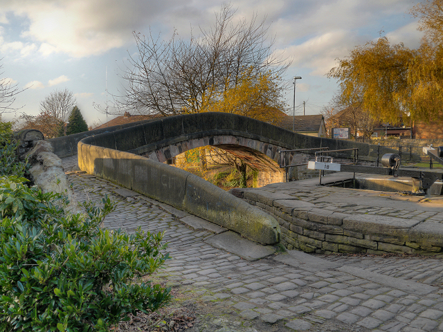 Ashton Canal, Bridge at Fairfield Lock