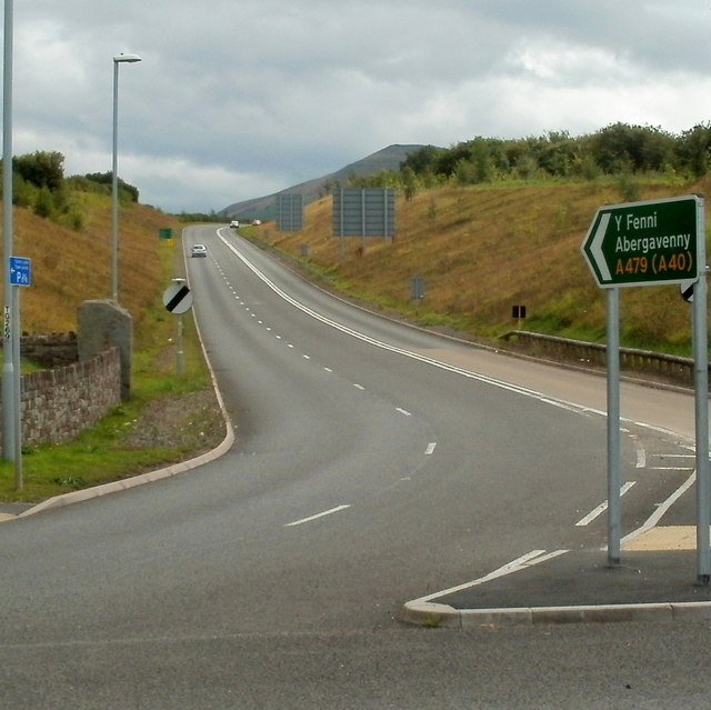 A479 heads SSE away from Talgarth