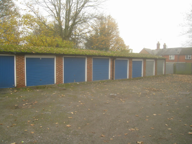 Residents garages - Soper Grove