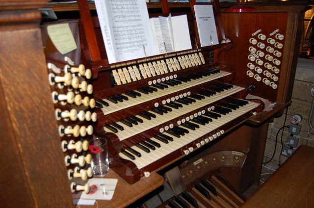 Organ Console, Christ Church, St Leonards