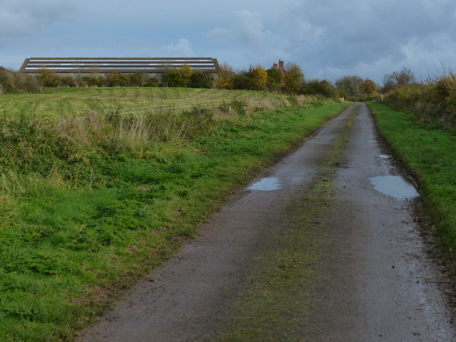 Houghton Lane approaching Houghton Lodge
