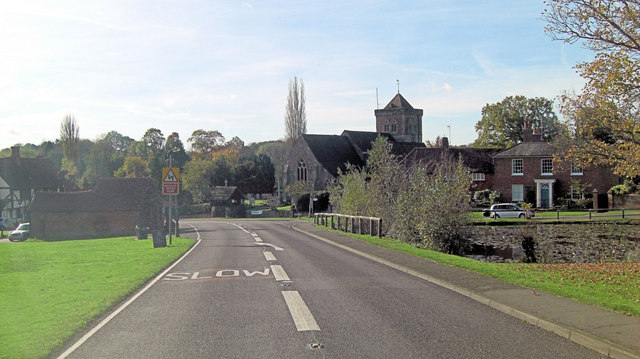 A283 passes the Church of St Mary