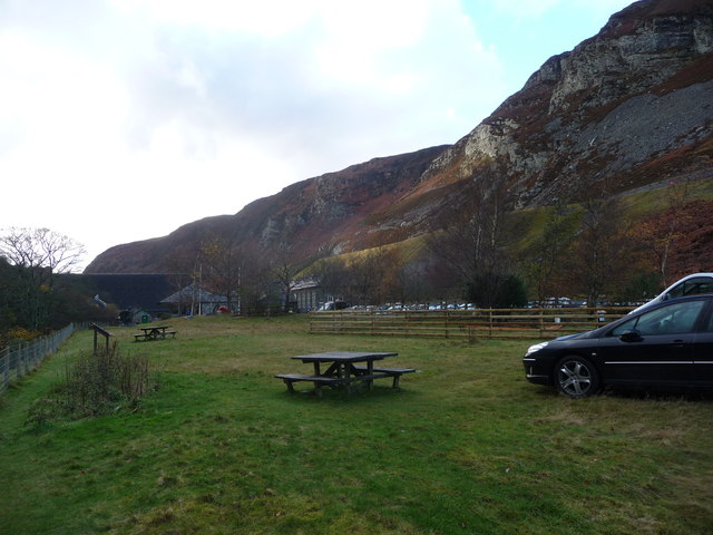 Picnic tables beside the Afon Elan below Caban-coch dam
