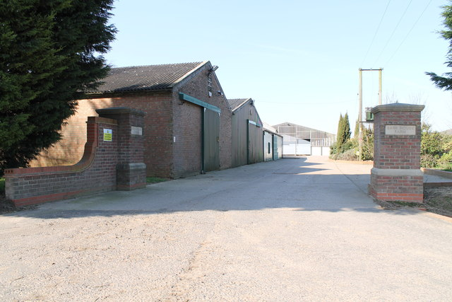 Entrance to Bank House Farm