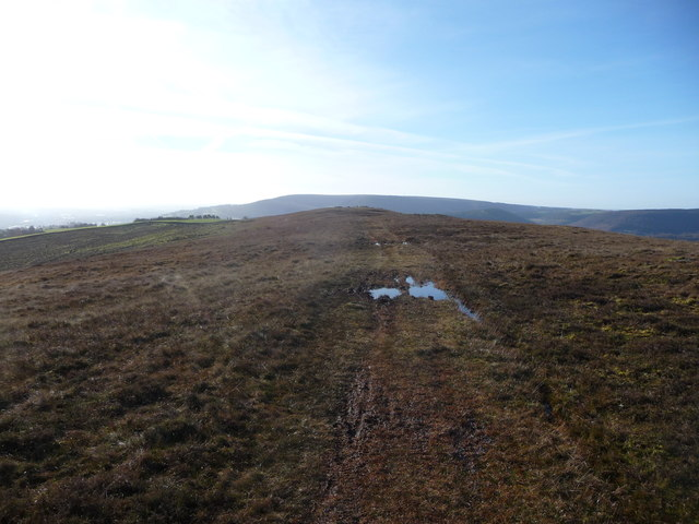 Moorland track north of Mynydd Garn-wen summit
