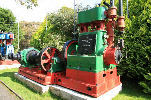Poldark Mine - steam engine and asphalt pump
