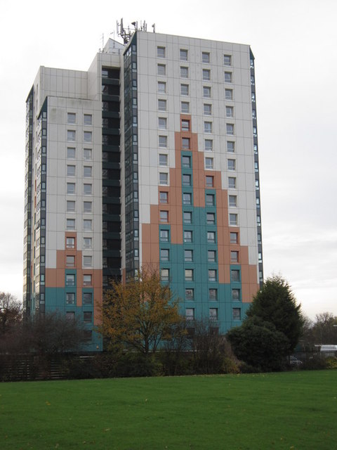 Bayswater Court on Bellfield Avenue