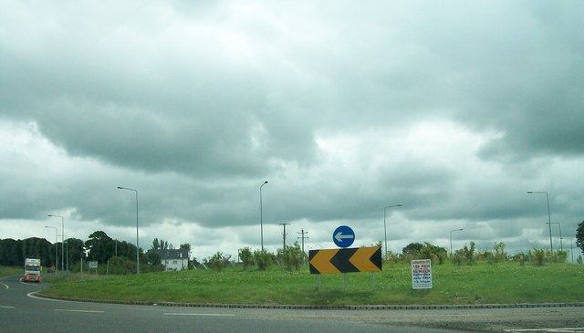 Roundabout on the N3 at Derver