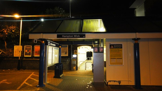Hampton Wick station