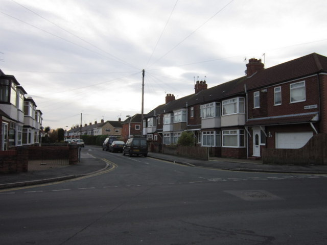 Mean Street from Sutton House Road