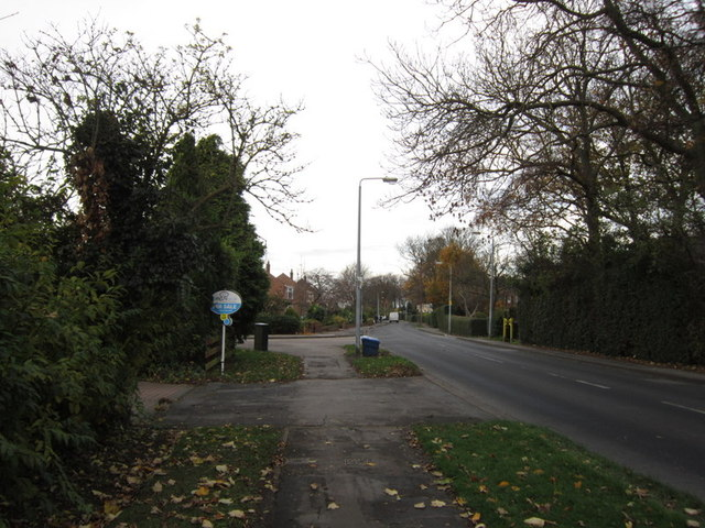 Tween Dykes Road at Woodleigh Drive