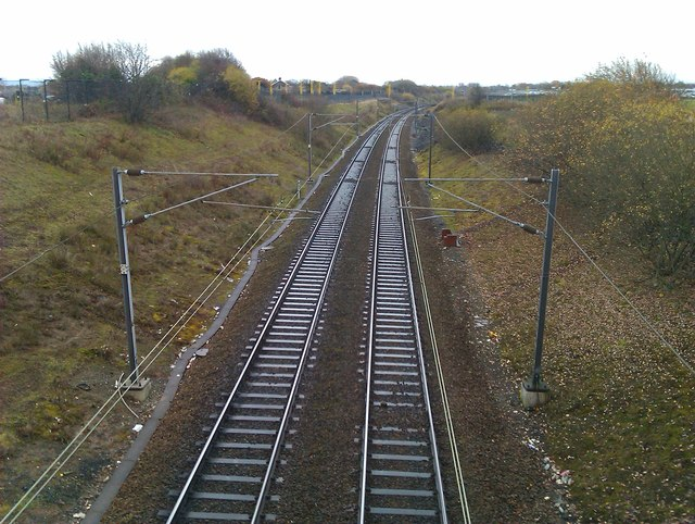 Railway line from Manchester Airport to Heald Green