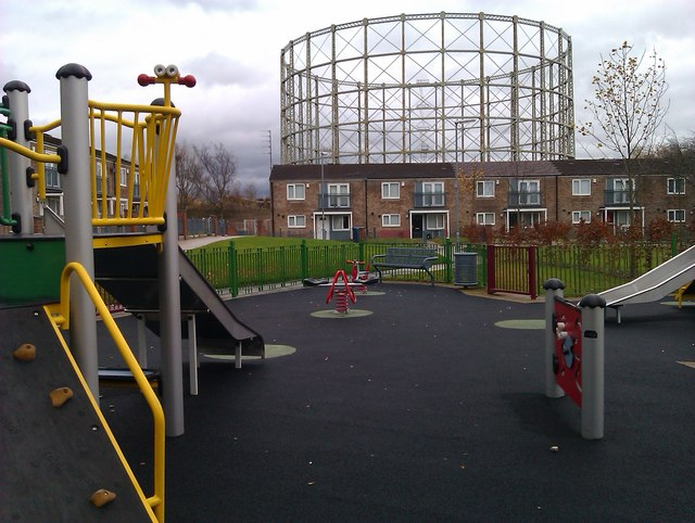 Climbing frames and gas holder frames